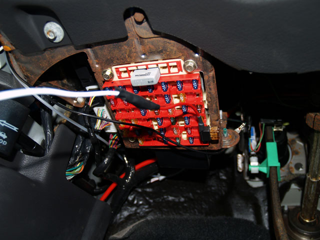 10 S how to install a boost gauge on a mustang 2004 mustang fuse box location at bayanpartner.co